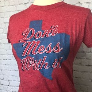 Tops - TEXAS- Don't mess with it Graphic Tee